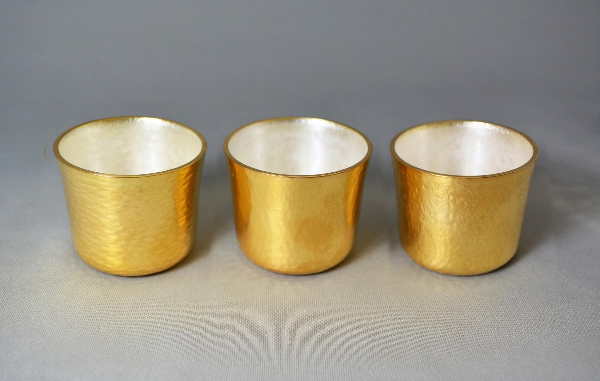 真鍮製 / 外側:本消金めっき、内側:消銀めっき